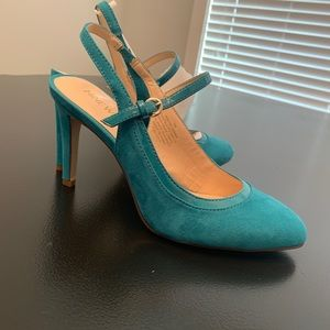 Nine West Blue Suede Slingback